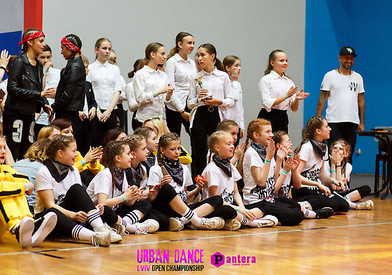 lv-urban-dance00839