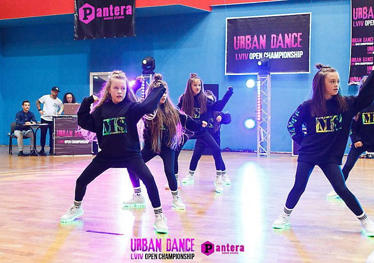 lv-urban-dance01271