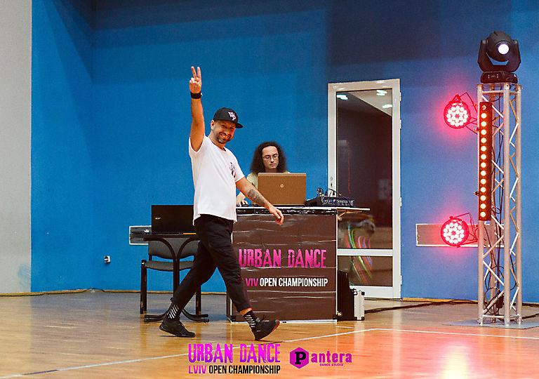 lv-urban-dance01798