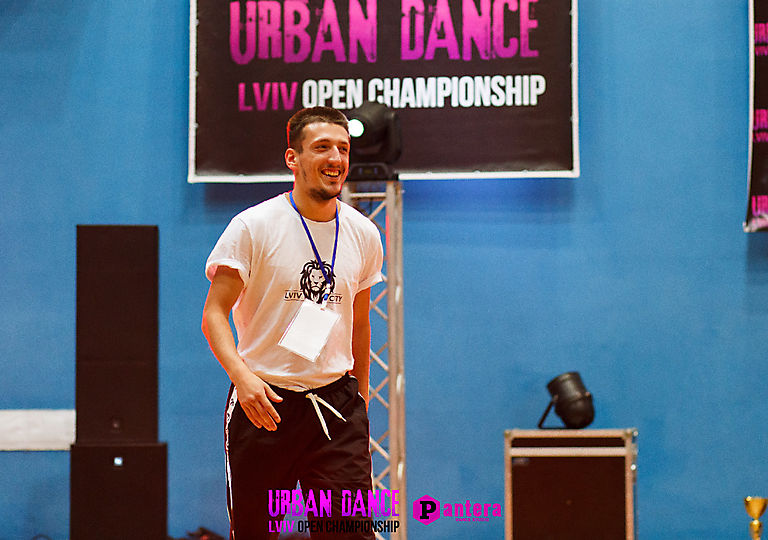 lv-urban-dance01808