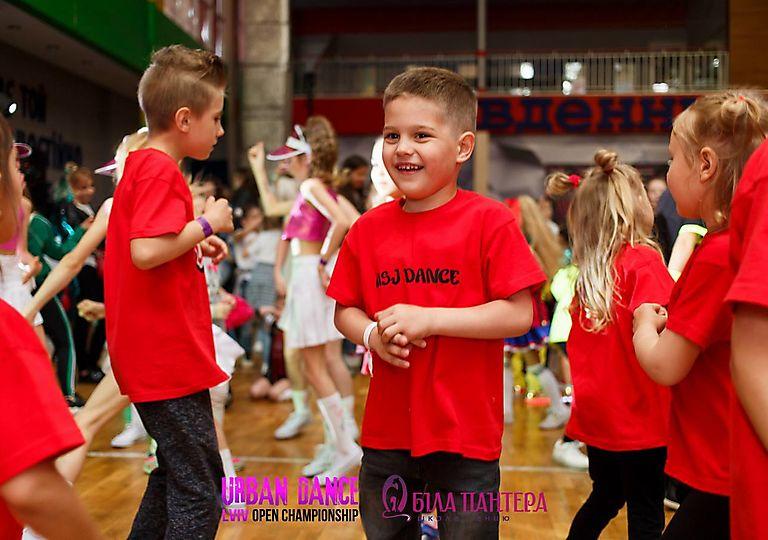 dance-for-children00469