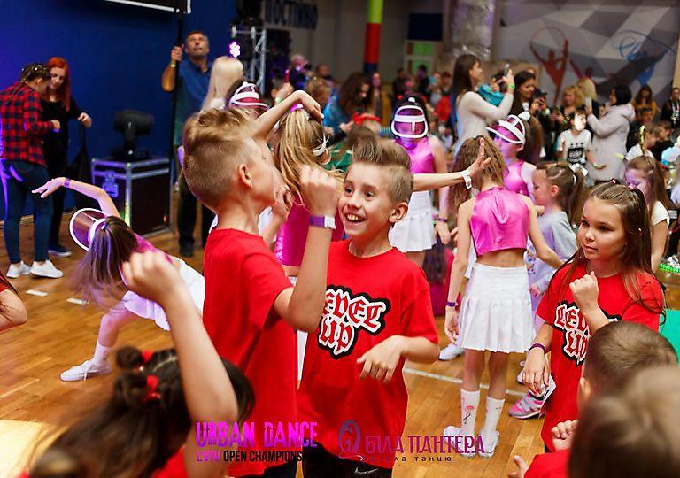 dance-for-children00470