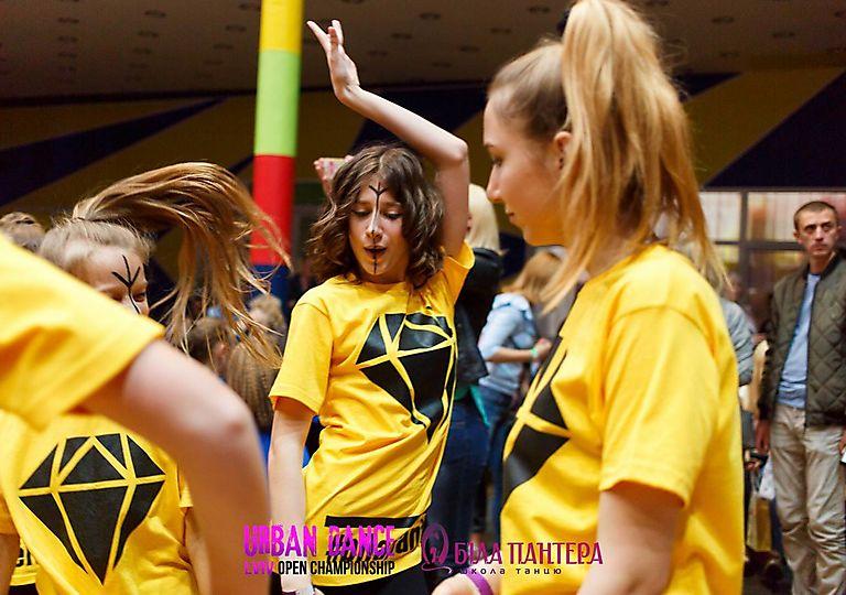 dance-for-children00472