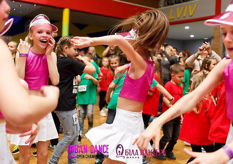 dance-for-children00473