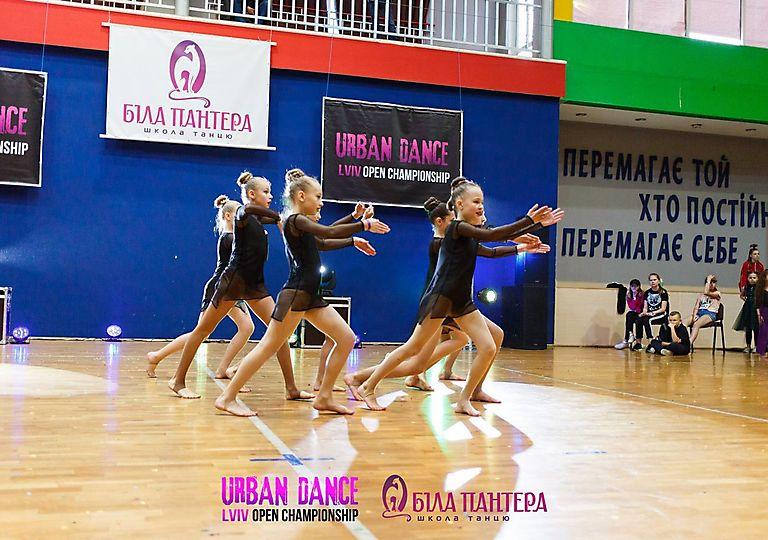 dance-for-children00888