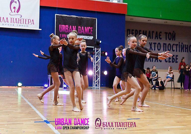 dance-for-children00889